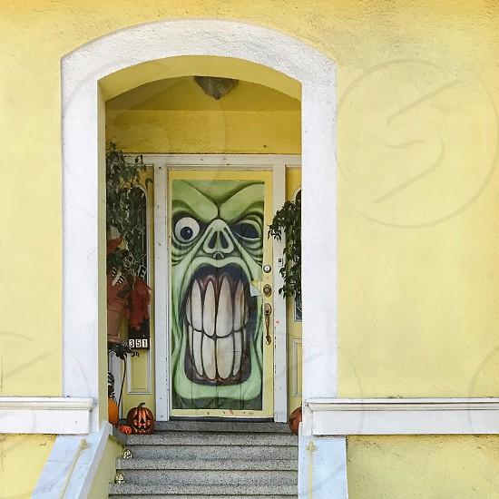 Halloween door decoration photo