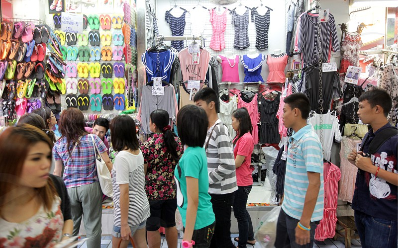 the Textil Market Pratunam shopping mall in the city centre at the pratunam aerea in the city of Bangkok in Thailand in Suedostasien. photo