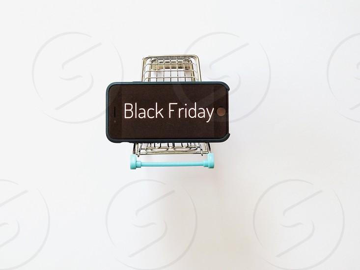 salewhite backgroundshoppingshopping cartiphonewordtextwordsretailretail shoppingblack fridayonline shopping photo