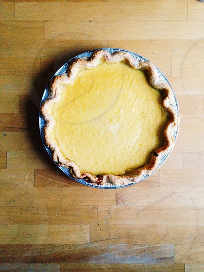 pie on plate photo