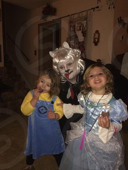 Post sugar high Halloween candy fun family photo