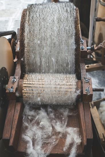 Manual processing of wool photo