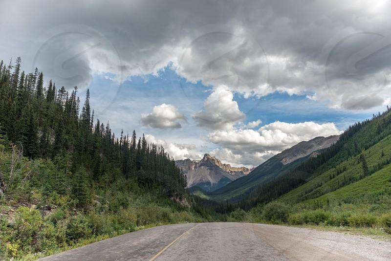 Yoho park Banff Canadian Rocky Mountains glacier view photo