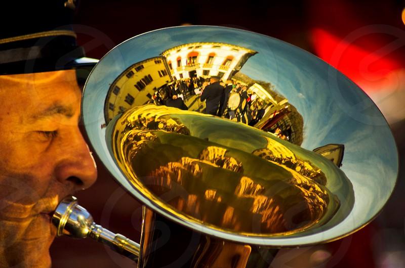 gold horn photo