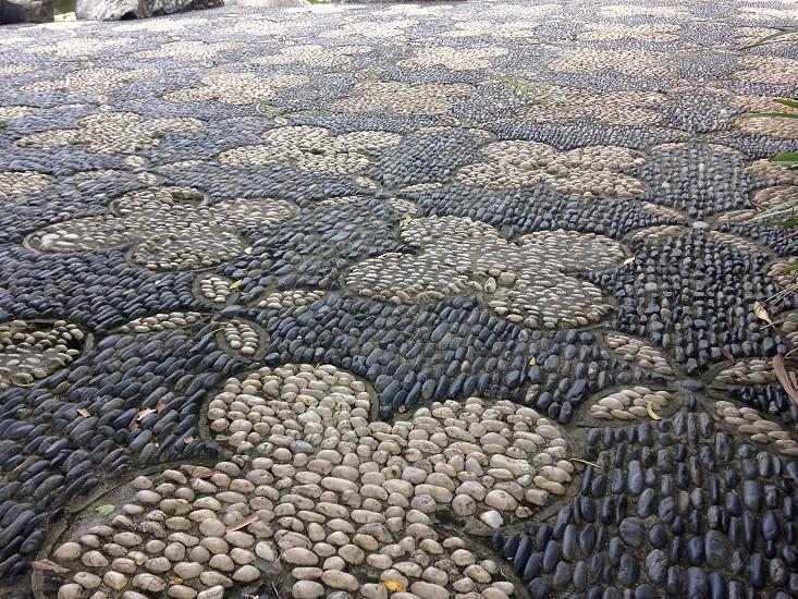 Stone offset-inlay walkway photo
