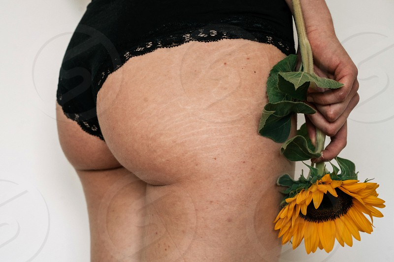 photos of natural butt with stretch marks photo