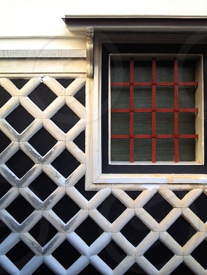 red window grill photo
