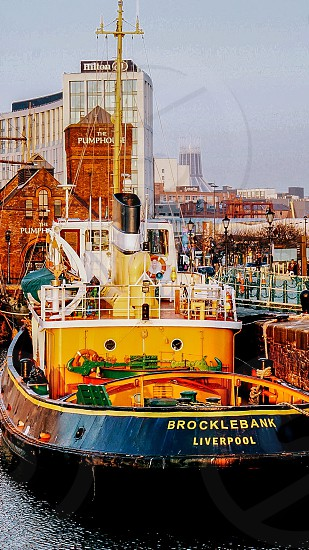 broclebank liverpool ship near brown concrete building photo