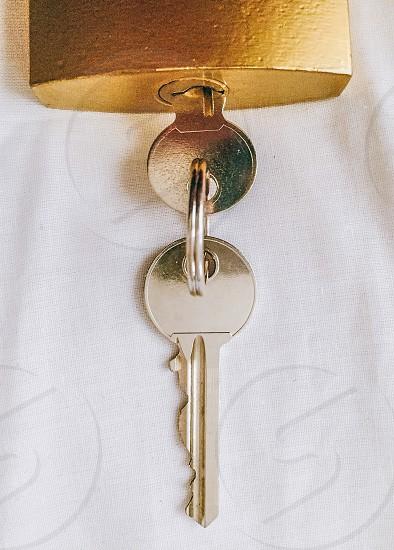closeup photography of lock and key photo