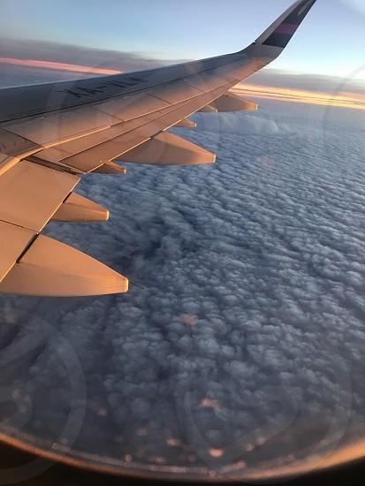 Perdernos en las nubes  photo