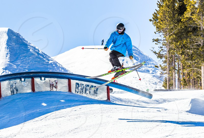 Snowboarding tricks photo