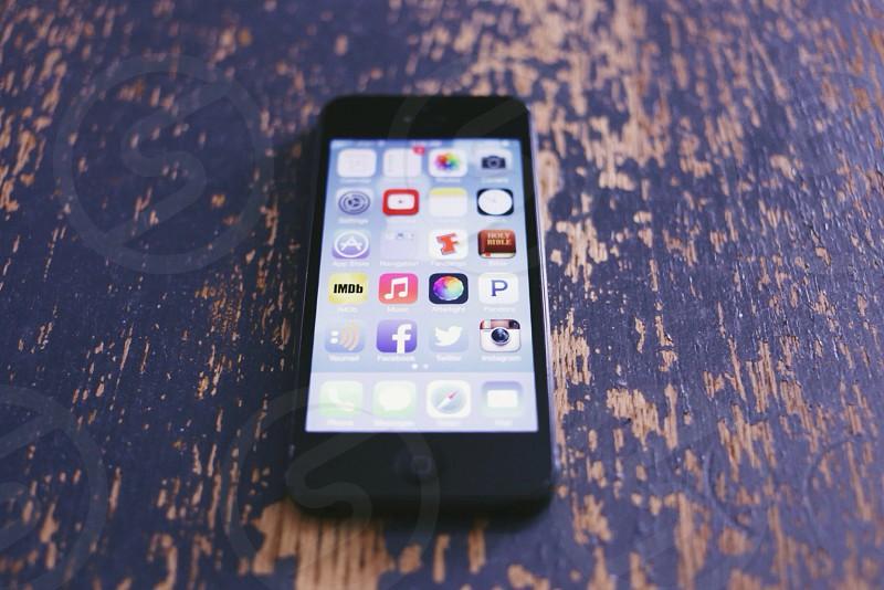 black iphone 5 photo