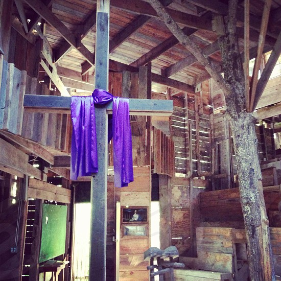 Treehouse church in Tennessee  photo