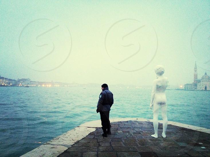 white human figure statue photo