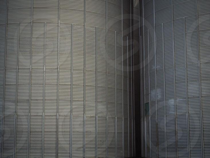Symmetry lines line stripes striped architecture  photo