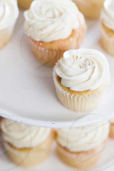 cupcakes food photography frosting white frosting wedding cake photo