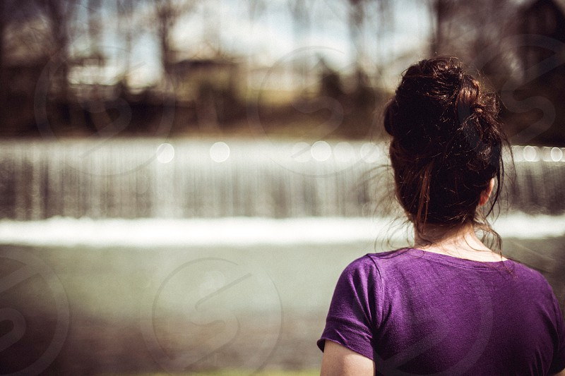 woman in purple t shirt photo