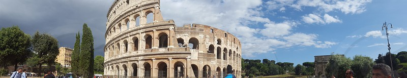 The Colosseum during daytime photo