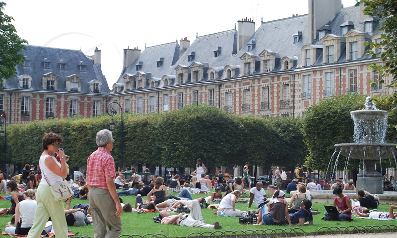 Place des Vosges in Paris in summer photo
