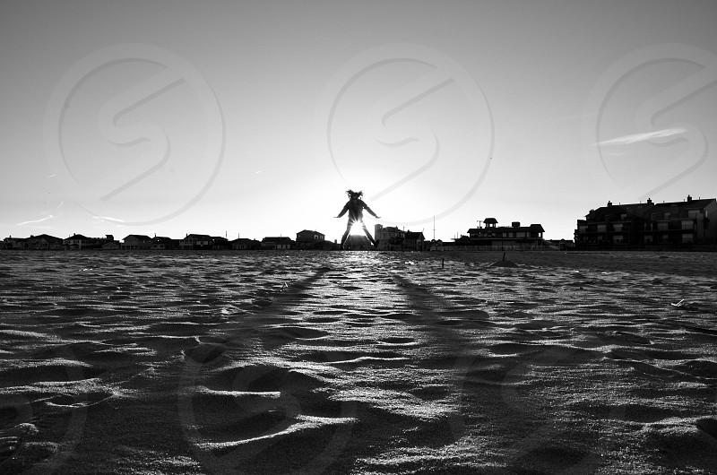 gray sand photo