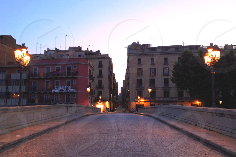 Girona bridge stone river night photo