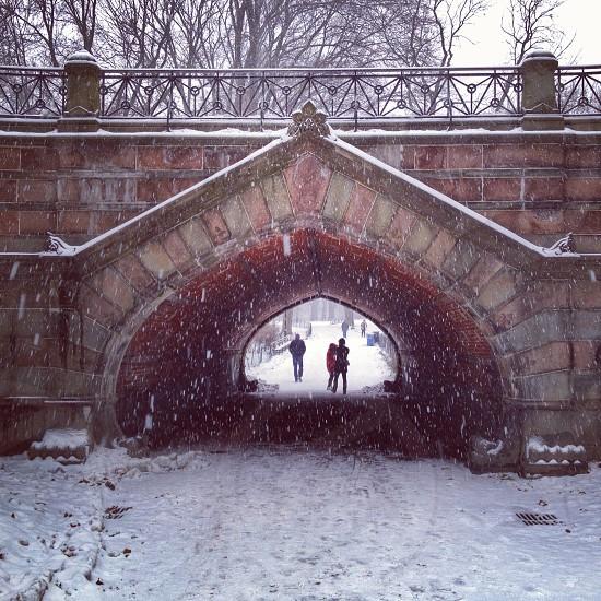 brown brick bridge photo