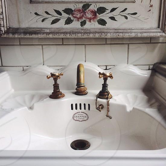 brass faucet photo