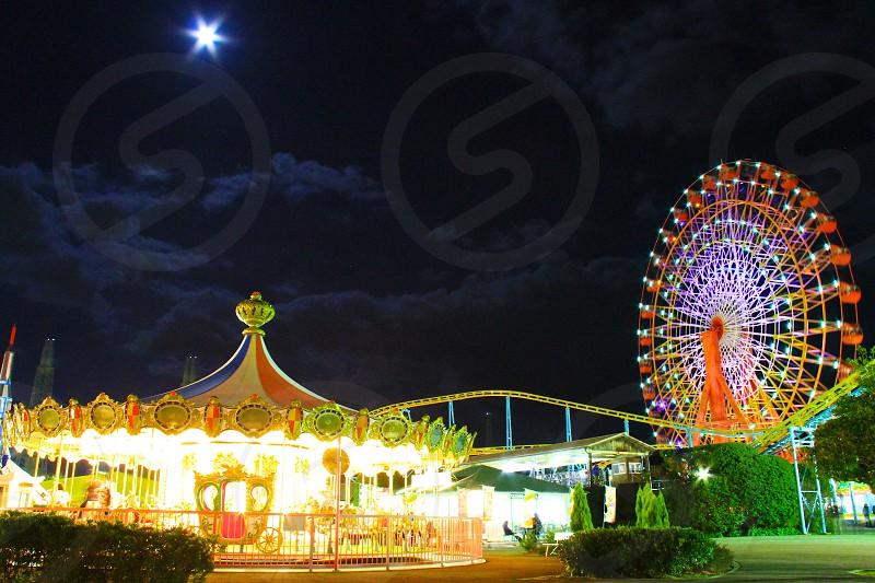 Breath taking pictures (9) Mid-night's wonderland Merry-go-round Ferris Wheel photo