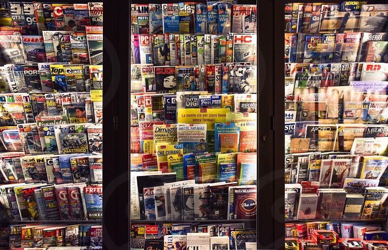 magazines periodicals news italy photo