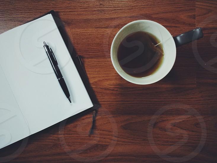 Black writing pen photo