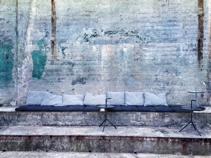 tables and pillows photo