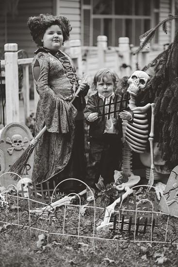 Hocus Pocus costumes children zombie witch halloween  photo