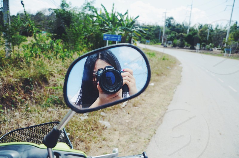 motor side mirror photo