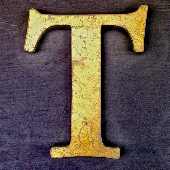 golden T designed decor photo