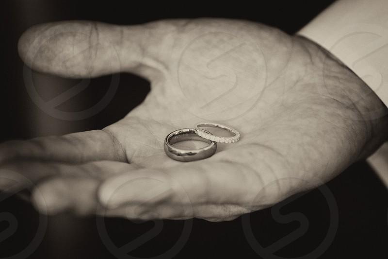 silver diamond rings photo