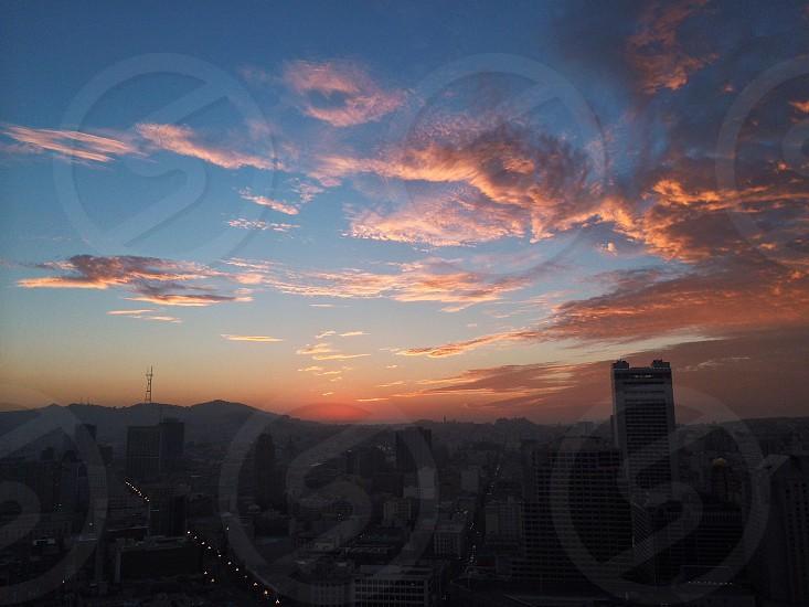 city sun rise photo  photo