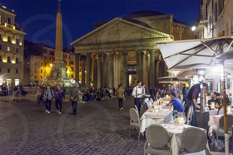nightlife in Piazza della Rotonda (Pantheon) in Rome photo