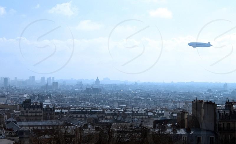 Paris air ship photo