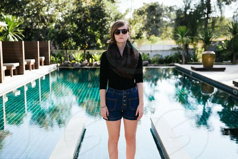 women's blue denim button up shorts photo