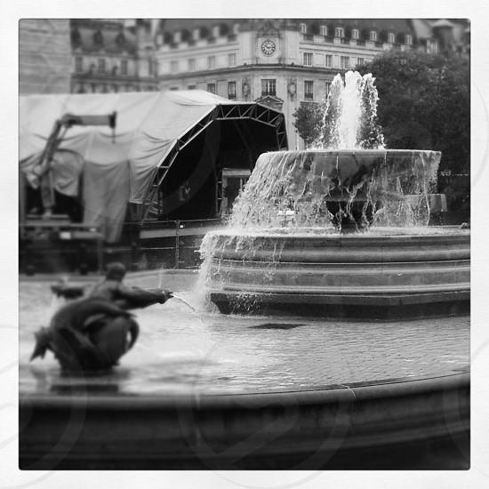 London - Trafalgar Square   photo