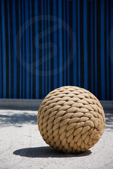 brown rope ball photo