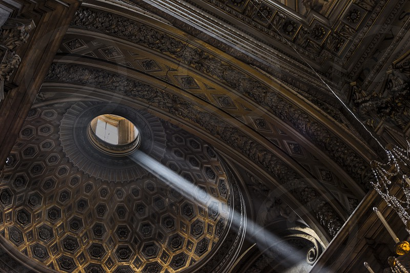 church light ray religion spiritual dome decoration gold architecture catholic photo