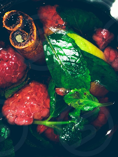 tea raspberries mint photo