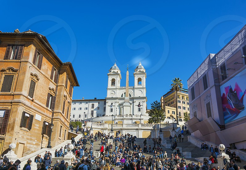 crowd of tourists at the Spanish Steps in Rome photo
