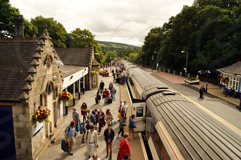 18/08/13 PITLOCHRY. East Coast 43313 with the 11.22 London Kings Cross service. photo