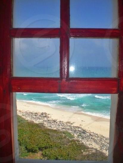 ocean view on the window photo