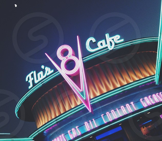 Flo'a cafe Disneyland vsco photo