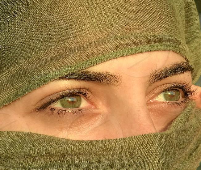 Green  eyes  closeup  look  gypsy  girl  woman  beautiful  scarf  eyelashes  cloth  shiny  photo