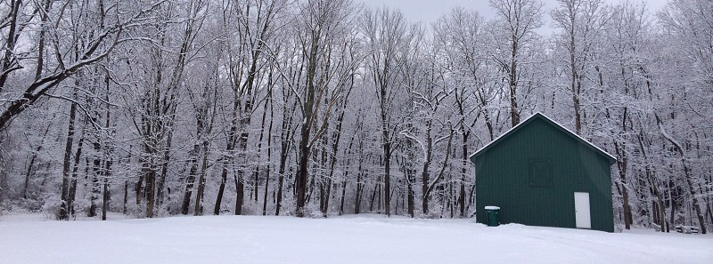 green barn photo