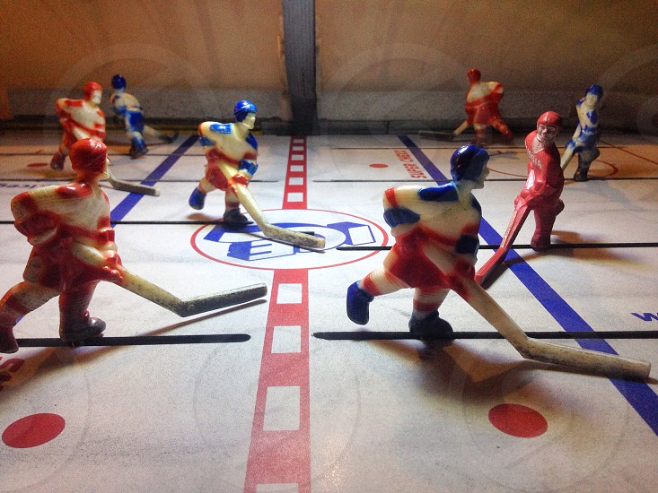 Arcade ice hockey rink photo